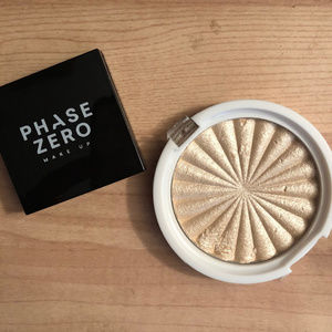 Phase Zero Blush  & Ofra Hilighter set NEW